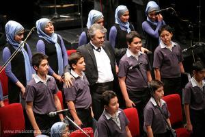 گزارش تصویری از کنسرت گروه کر نامیرا در تالار وحدت