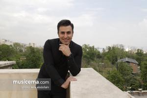 گفت و گو با «علیرضا طلیسچی» در دفتر سایت «موسیقی ما» - اردیبهشت 1396