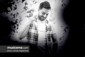 گفتوگو با بابک جهانبخش در دفتر سایت موسیقی ما