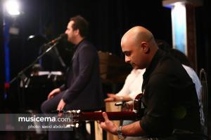 مراسم رونمایی آلبوم «کافههای رمانتیک» با صدای «هومن سزاوار» - 3 تیر 1395