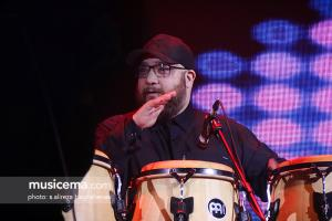 کنسرت امید حاجیلی در جشنواره موسیقی فجر - 26 دی 1395
