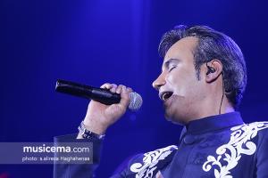 کنسرت شهرام شکوهی در جشنواره موسیقی فجر - 26 دی 1395
