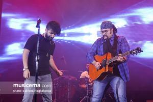 کنسرت زانیار خسروی در جشنواره موسیقی فجر - 30 دی 1395