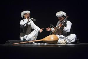 نغمههای خنیاگران و وارثان موسیقی مقامی ایران در برج آزادی طنینانداز شد